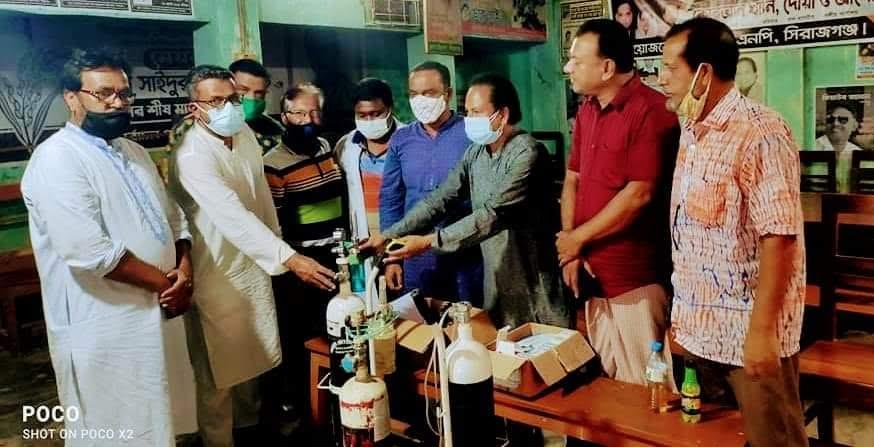 সিরাজগঞ্জ বিএনপি করোনা হেল্প সেন্টারে প্রতিদিন রোগীদের ভীড় বাড়ছে