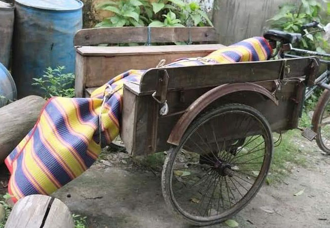 গোবিন্দগঞ্জে মাদকসেবীদের হামলায় যুবক নিহত